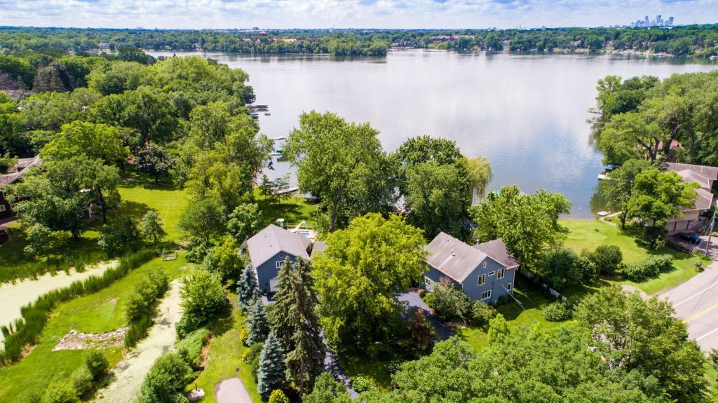 1600 Lake Johanna Boulevard Property Photo - Arden Hills, MN real estate listing