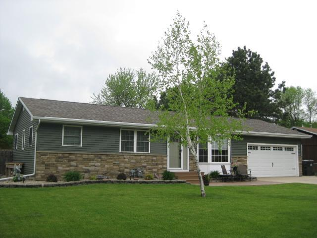 1508 Indian Hill Property Photo - Worthington, MN real estate listing