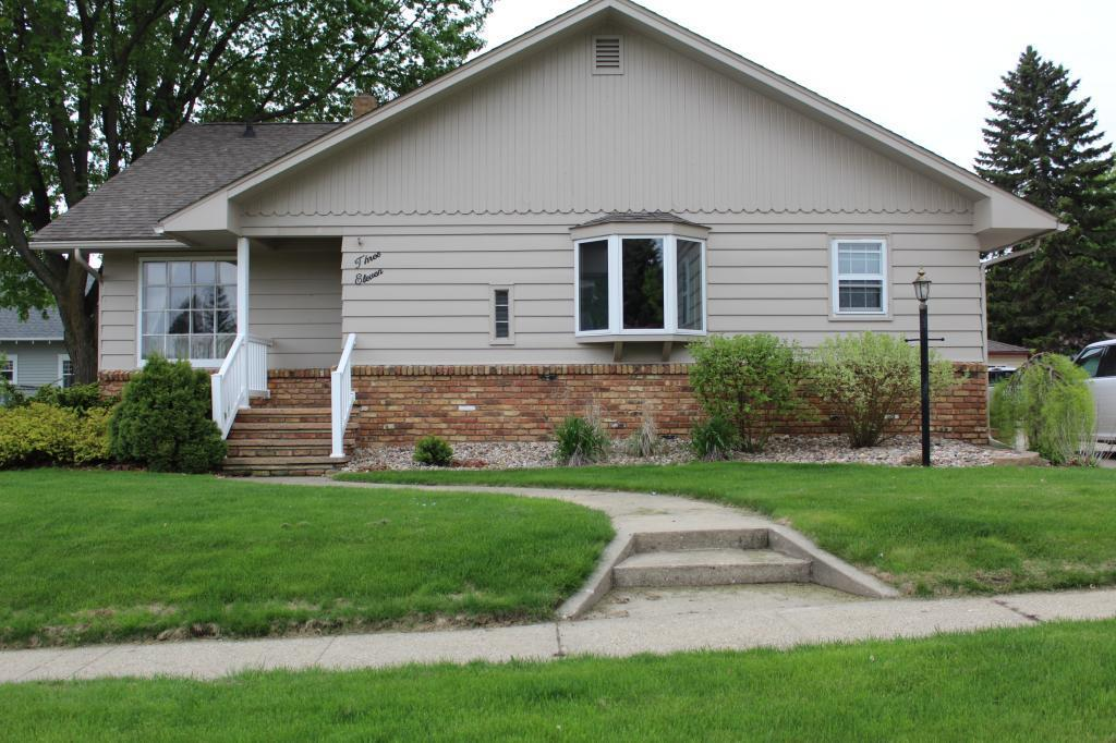 311 W Dodge Street Property Photo - Luverne, MN real estate listing