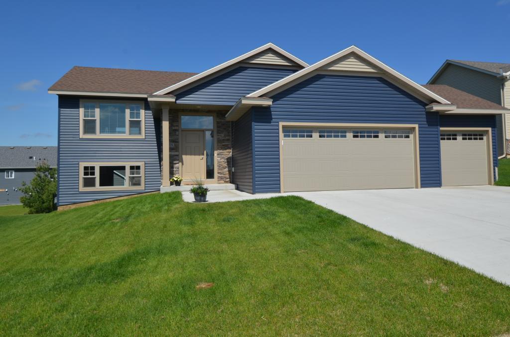 254 Interior NE Property Photo - Pine Island, MN real estate listing