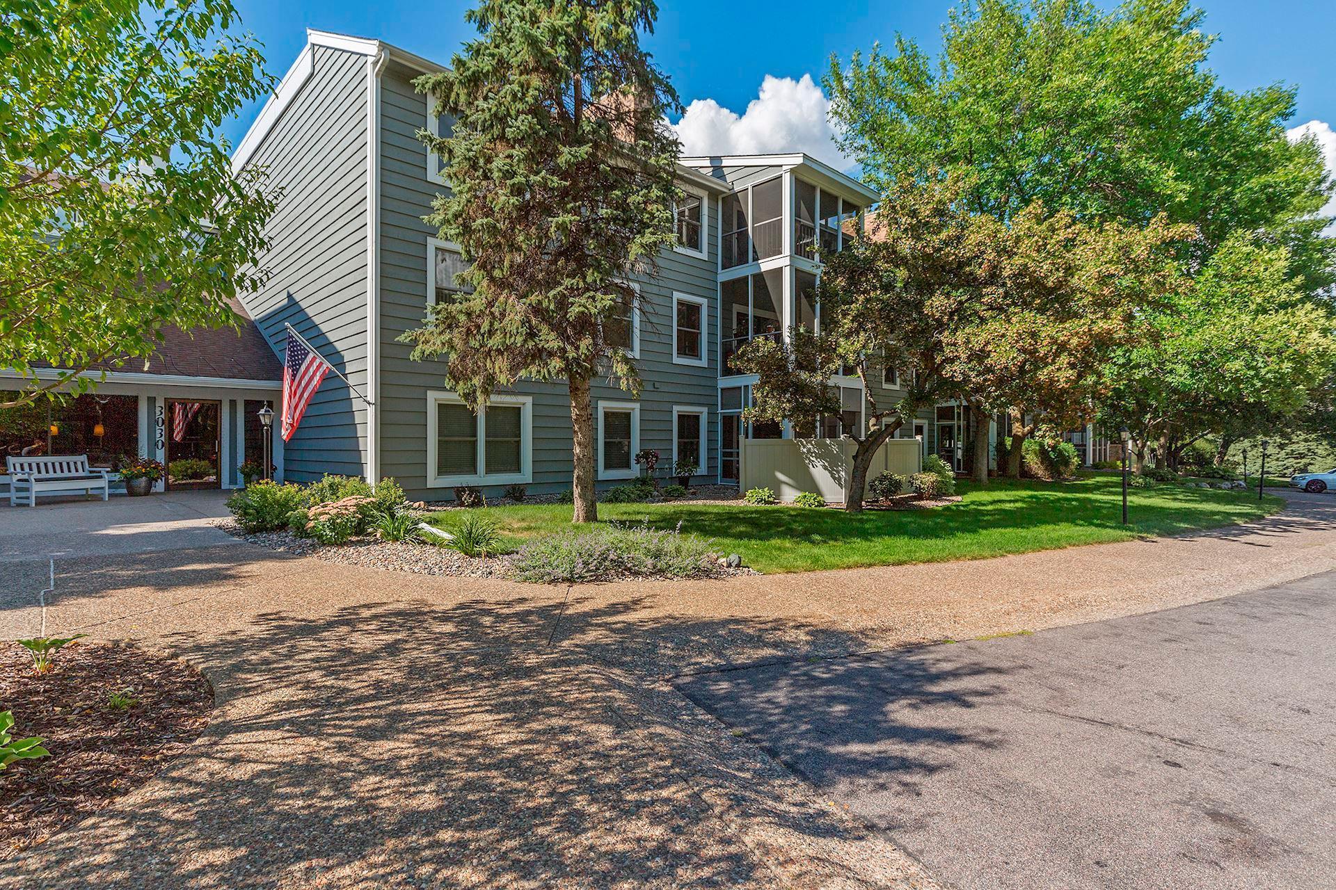 3030 Saint Albans Mill #106 Property Photo - Minnetonka, MN real estate listing