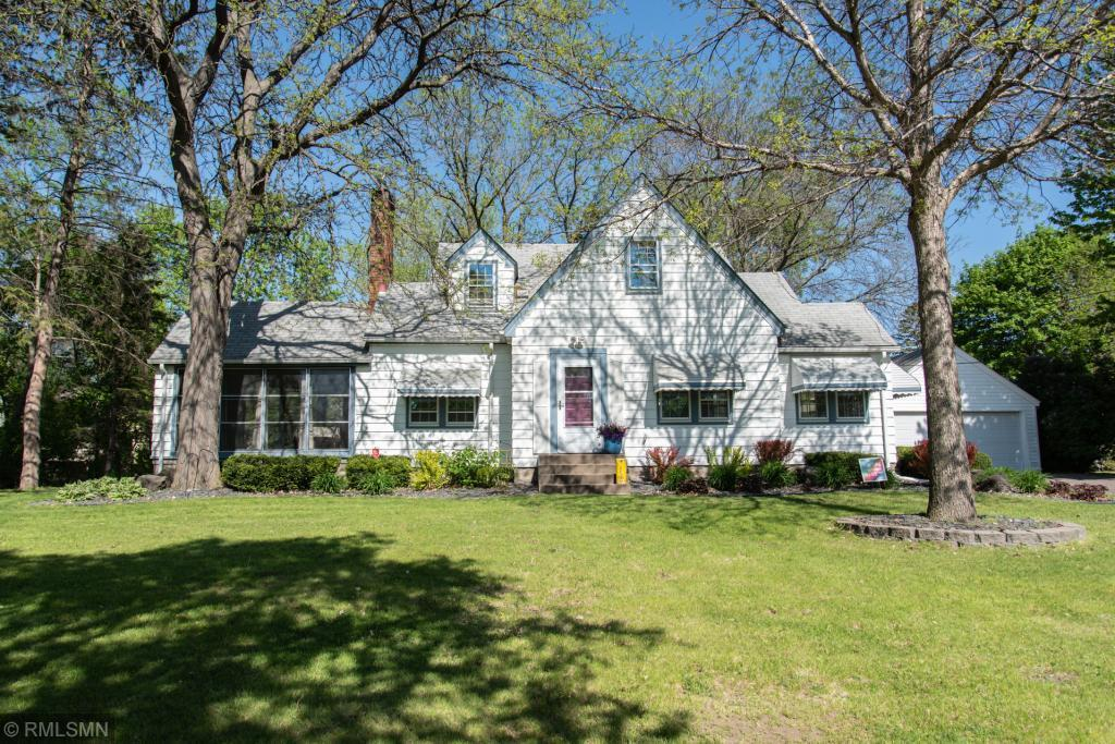 4370 Snelling Avenue N Property Photo - Arden Hills, MN real estate listing