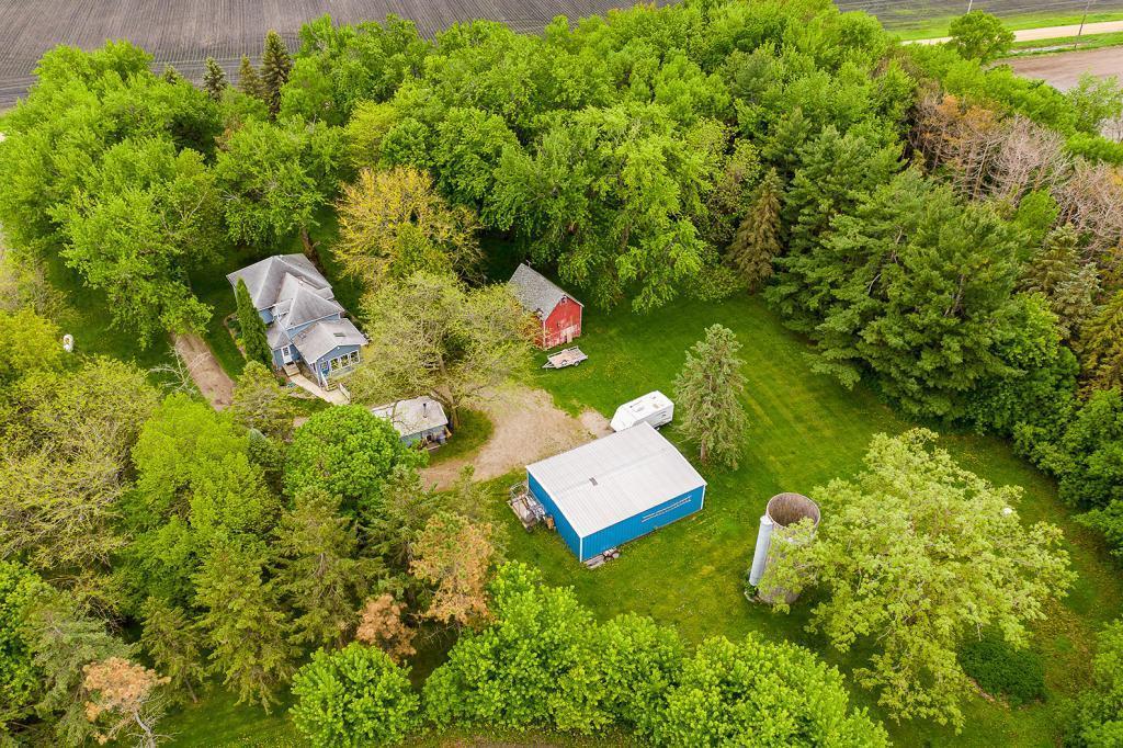 1580 36th Ne Property Photo