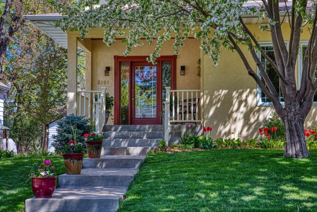 2101 Juno, Saint Paul, MN 55116 - Saint Paul, MN real estate listing