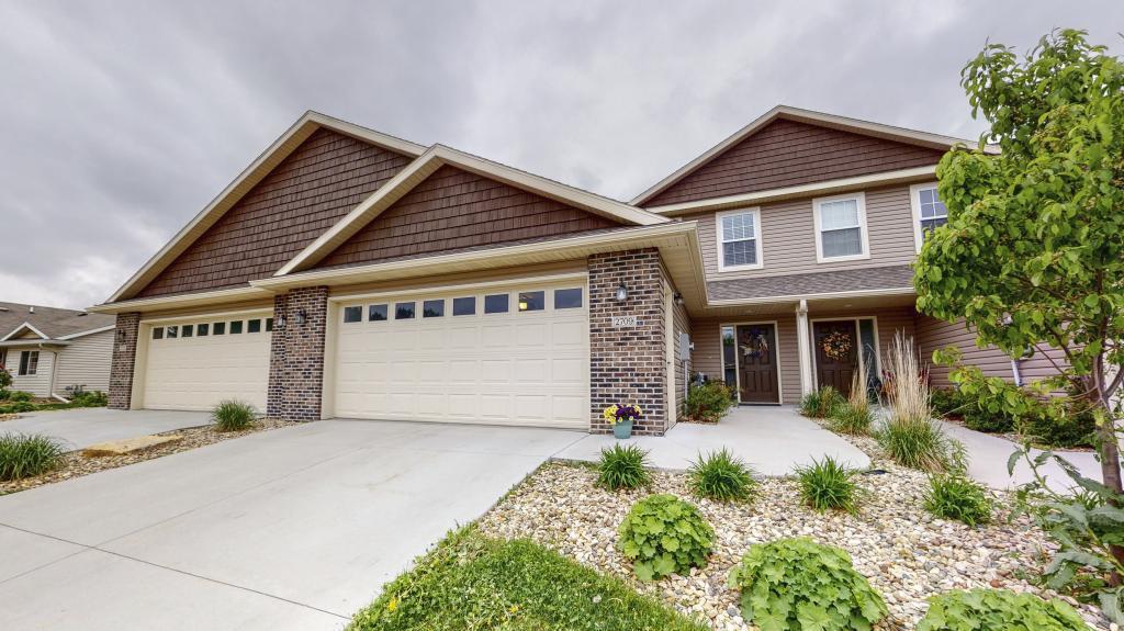 2709 Hawk Ridge SE #100 Property Photo - Rochester, MN real estate listing