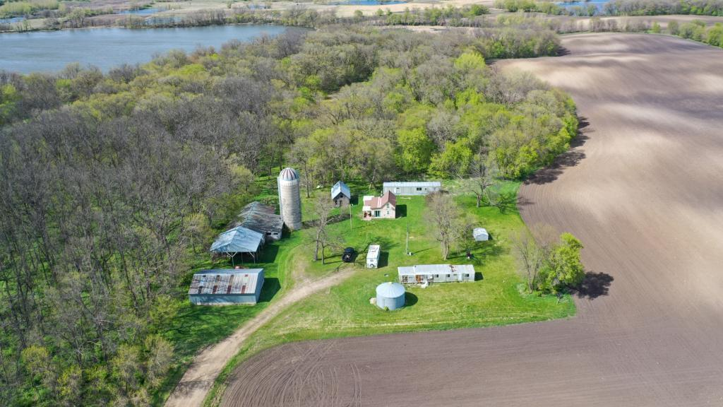 28548 293rd Avenue Property Photo - Starbuck, MN real estate listing