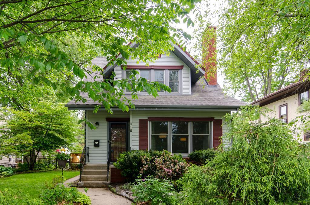 916 Wheelock E Property Photo - Saint Paul, MN real estate listing