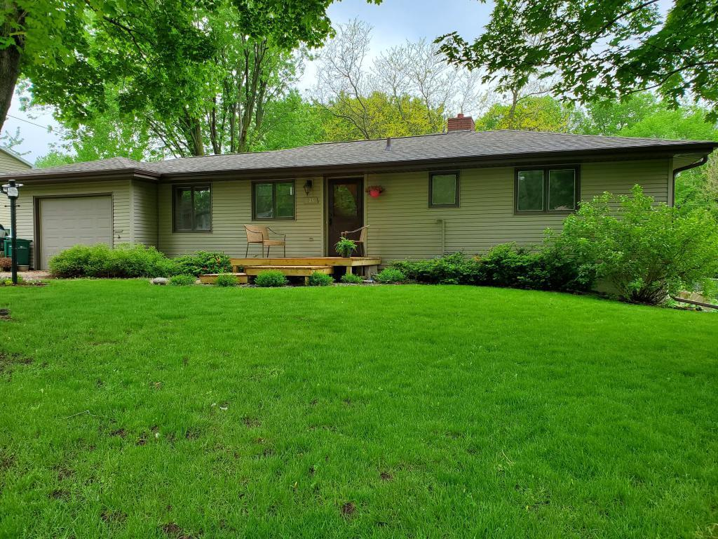 625 4th E Property Photo - Tracy, MN real estate listing