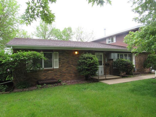 1424 1st SW #2-A Property Photo - Worthington, MN real estate listing