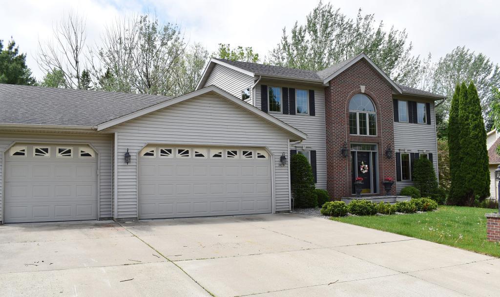 1435 Springwood Place Ne Property Photo