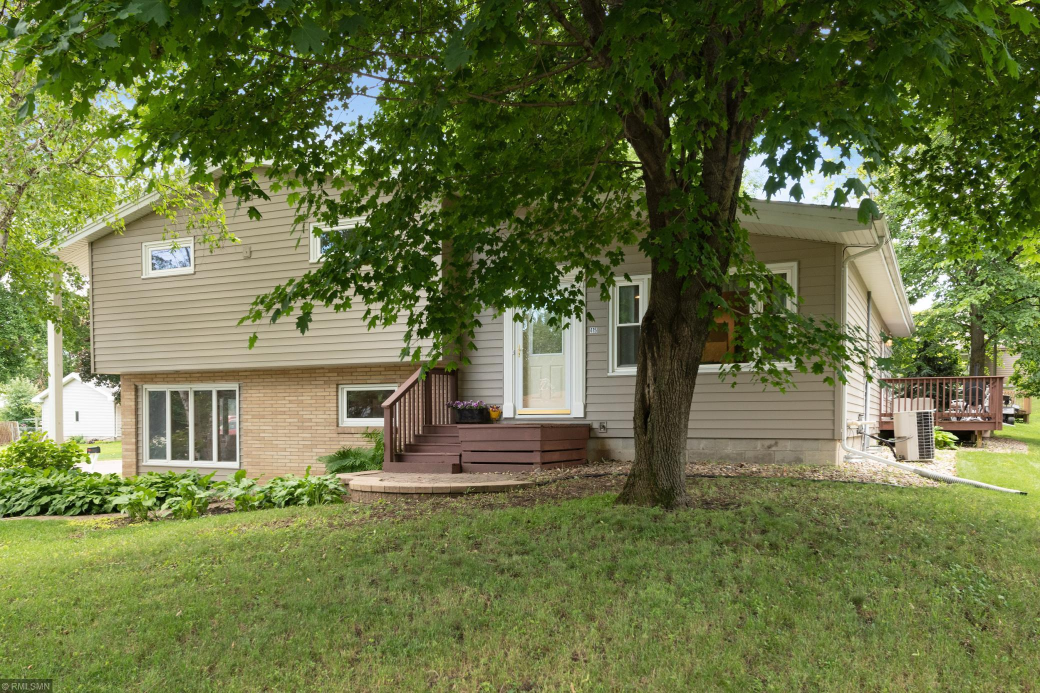 415 1st Street Property Photo - Windom, MN real estate listing