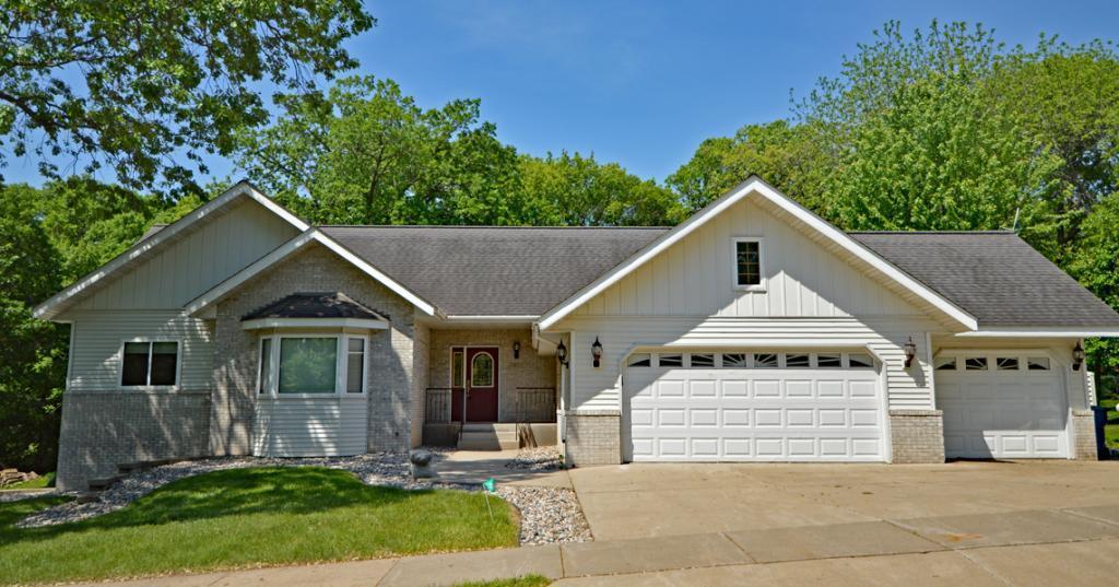 2607 15th SE Property Photo - Saint Cloud, MN real estate listing