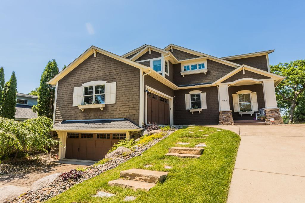 442 W Horseshoe Drive Property Photo - Shoreview, MN real estate listing