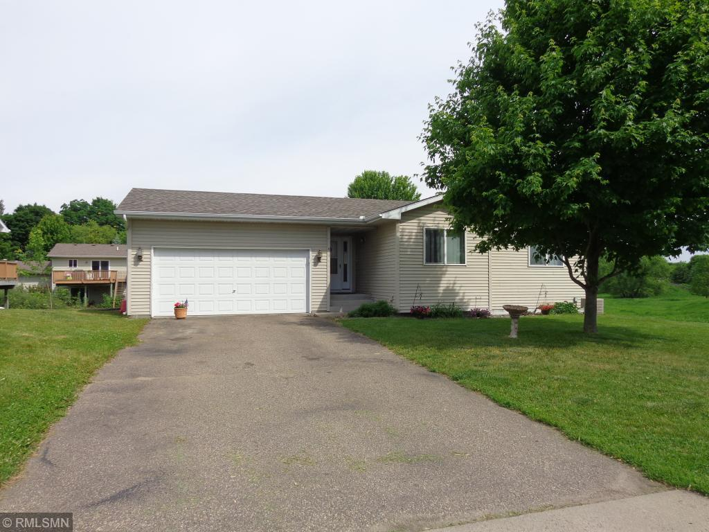 411 17th S Property Photo - Buffalo, MN real estate listing