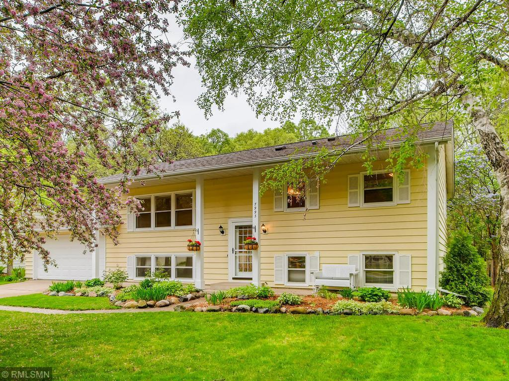 7993 Greenwood Property Photo - Mounds View, MN real estate listing