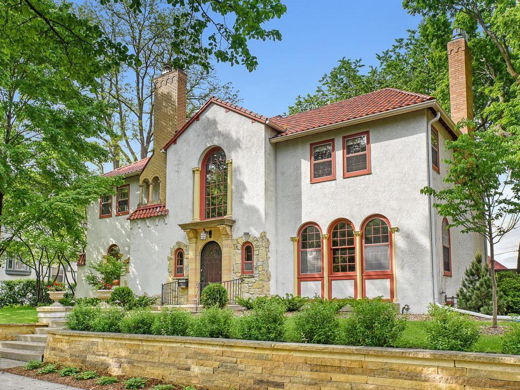 930 Mount Curve, Minneapolis, MN 55403 - Minneapolis, MN real estate listing