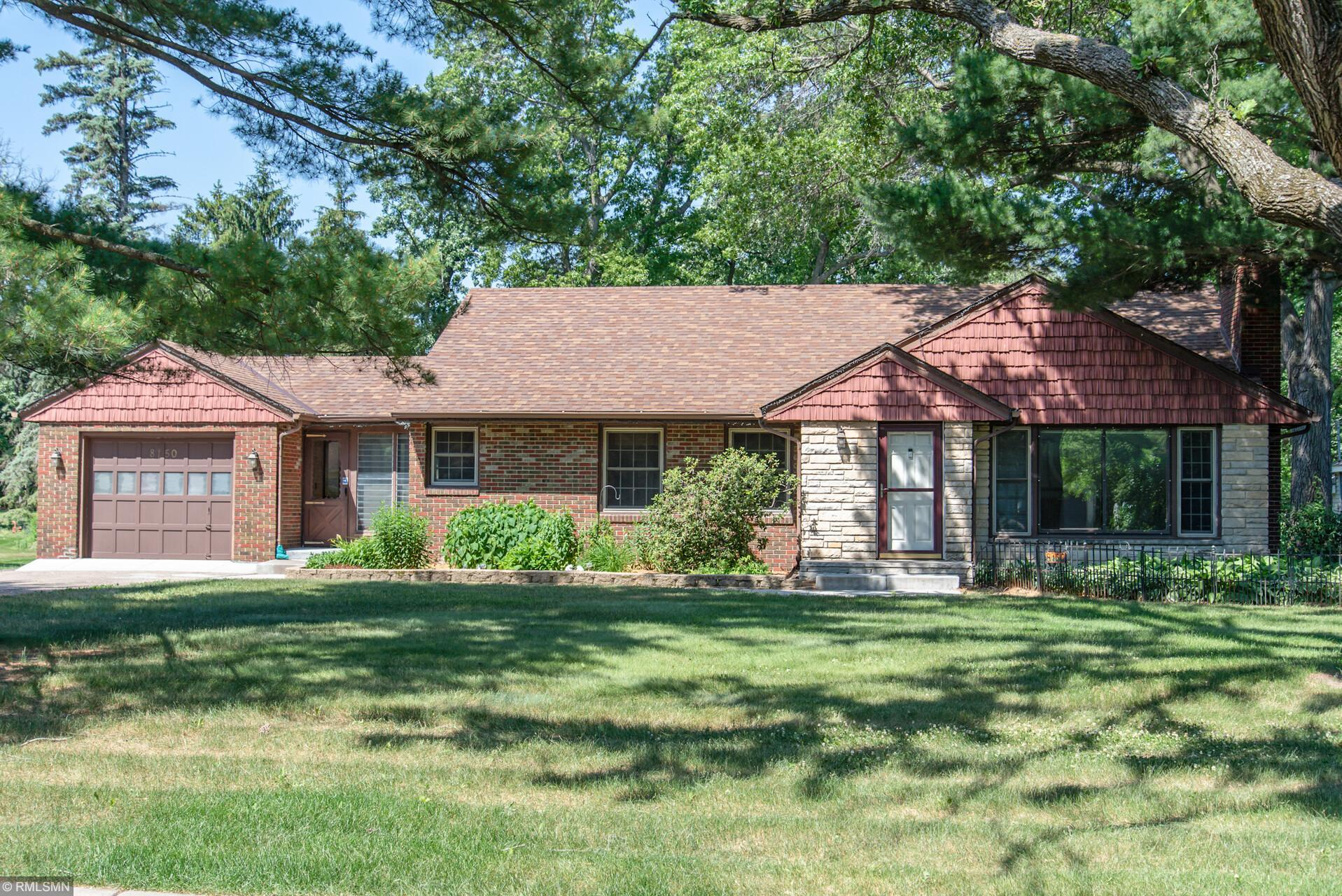 8150 Eastwood Property Photo - Mounds View, MN real estate listing