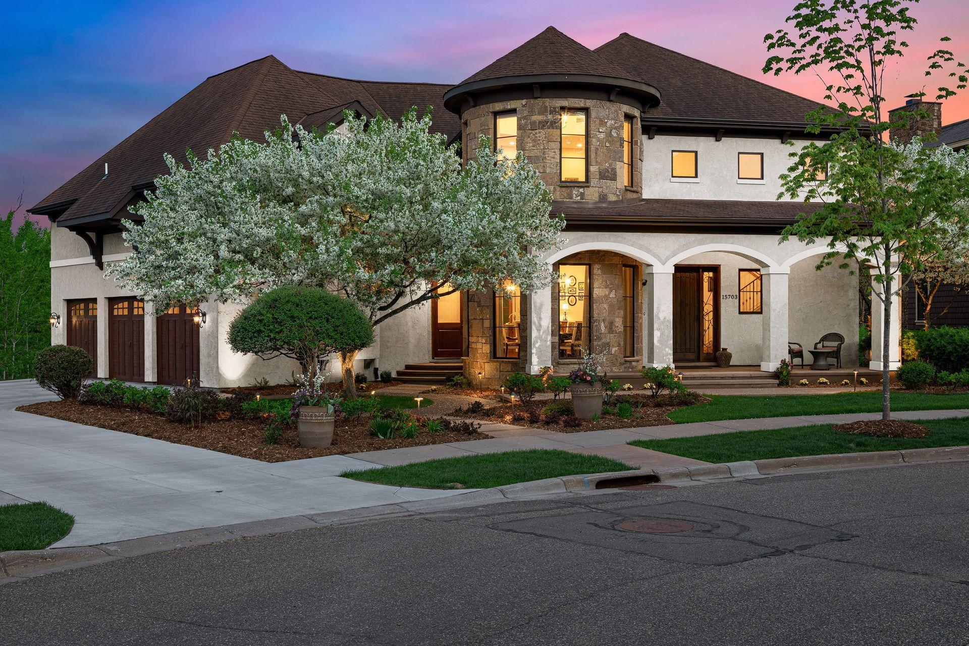 15703 Portico Drive Property Photo - Minnetonka, MN real estate listing