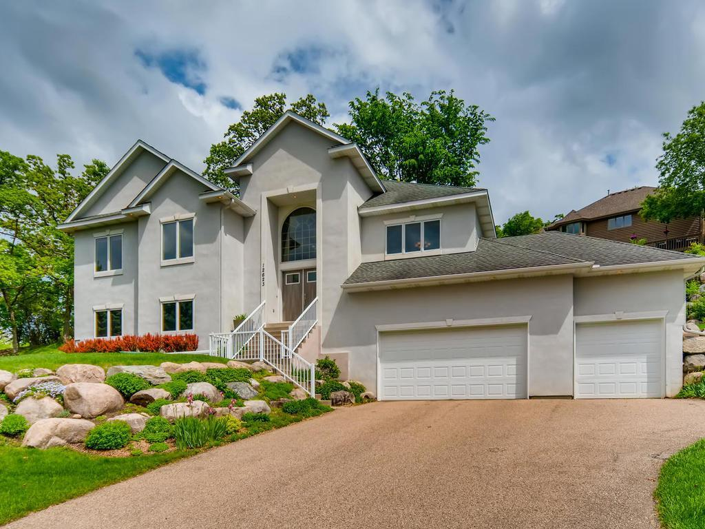 12623 Diamond Property Photo - Burnsville, MN real estate listing