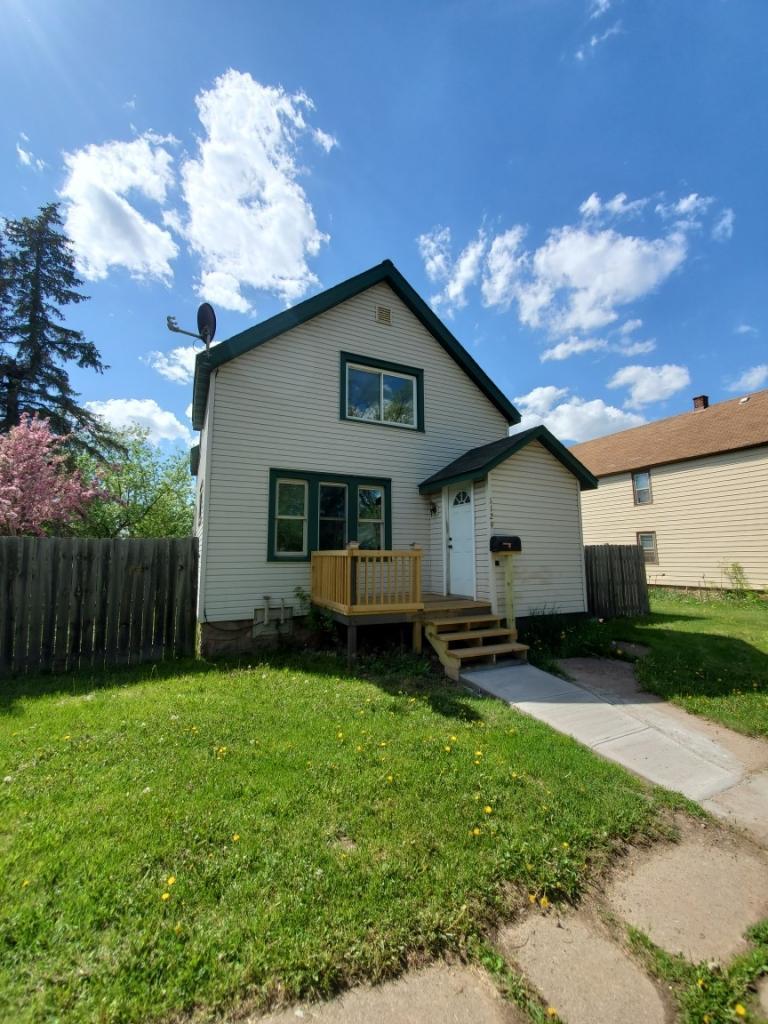 1129 16th Avenue E Property Photo - Hibbing, MN real estate listing