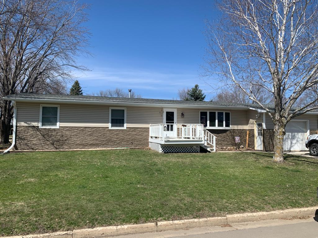 401 State Property Photo - Tracy, MN real estate listing
