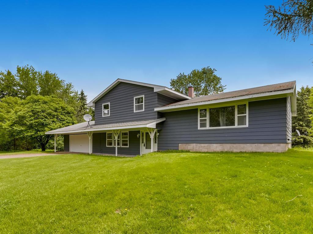 726 72nd Property Photo - Somerset, WI real estate listing
