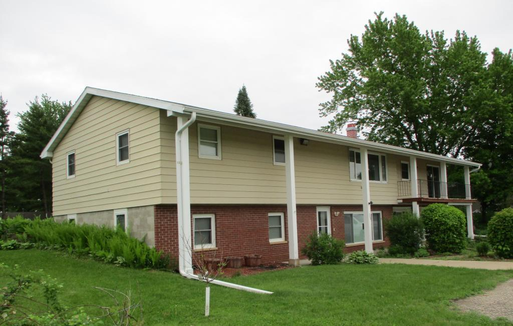 300 2nd Street SE Property Photo - Morristown, MN real estate listing