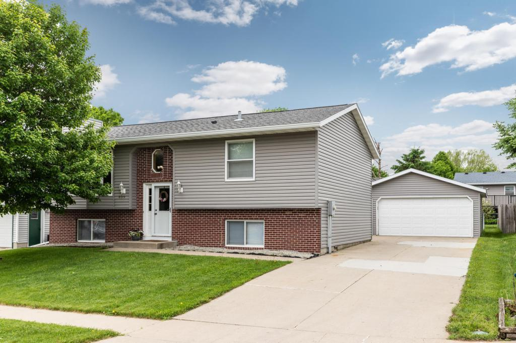 839 Emerald NW Property Photo - Rochester, MN real estate listing