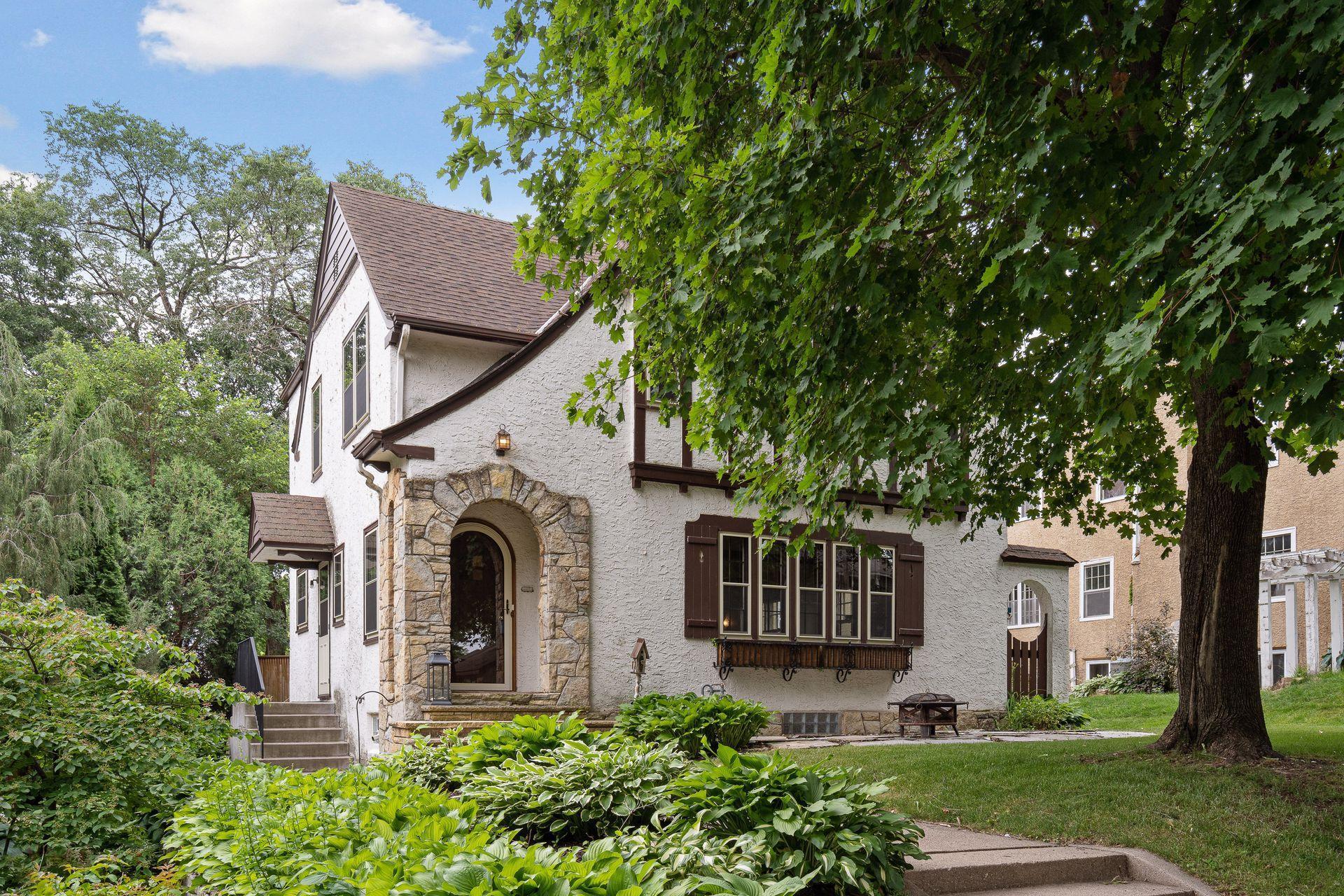 309 Longview Property Photo - Minneapolis, MN real estate listing