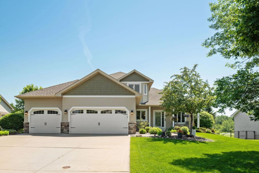 6208 Hollow Lane Property Photo - Lino Lakes, MN real estate listing