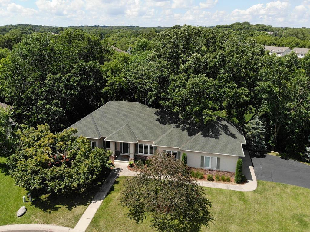 6254 Addington Court Property Photo - Eden Prairie, MN real estate listing