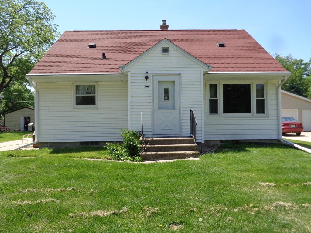 308 4th Property Photo
