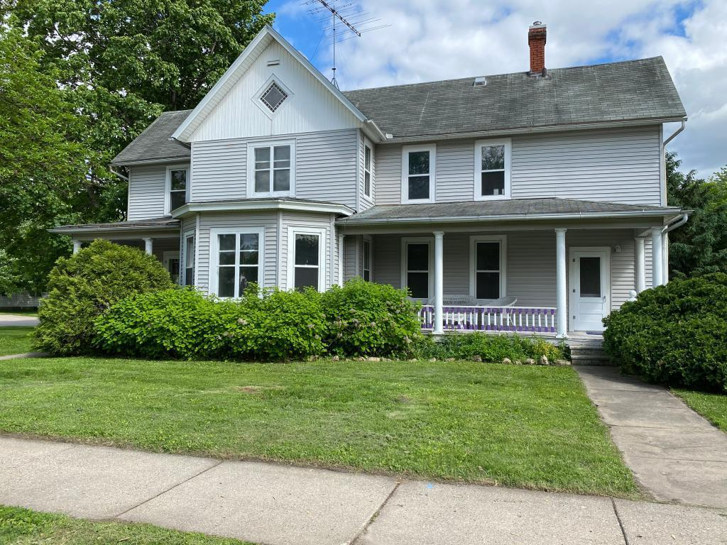 305 Lakewood Property Photo