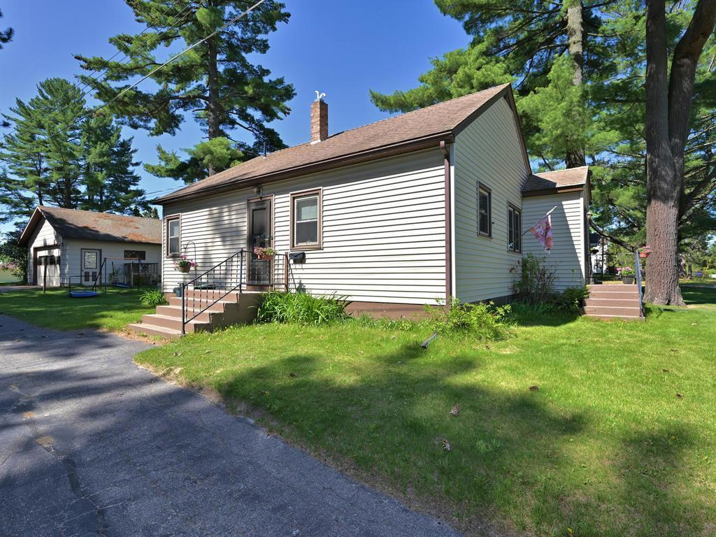 710 NW 9th Street Property Photo - Grand Rapids, MN real estate listing