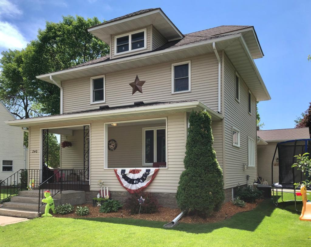 56083 Real Estate Listings Main Image