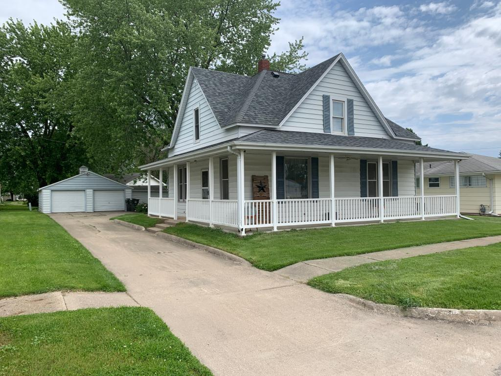 110 E Iowa Street Property Photo - Monroe, IA real estate listing