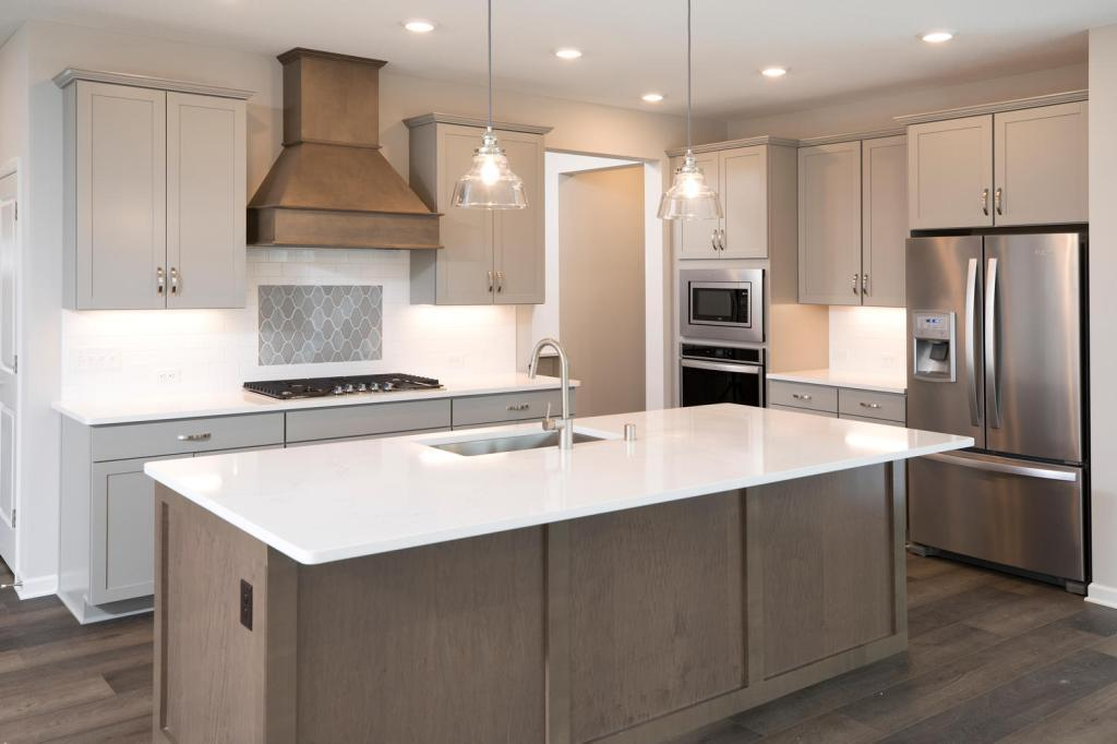 475 Sandhill Property Photo - Orono, MN real estate listing