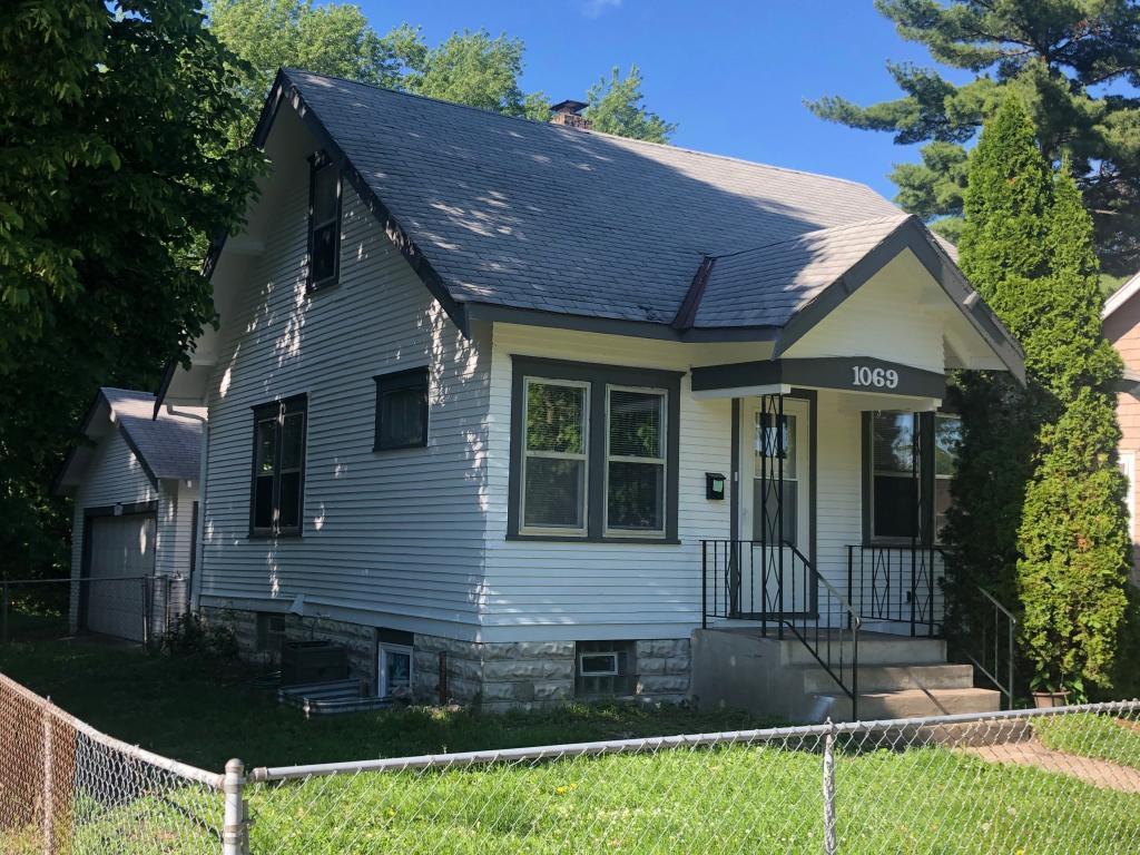 1069 Pleasant Property Photo