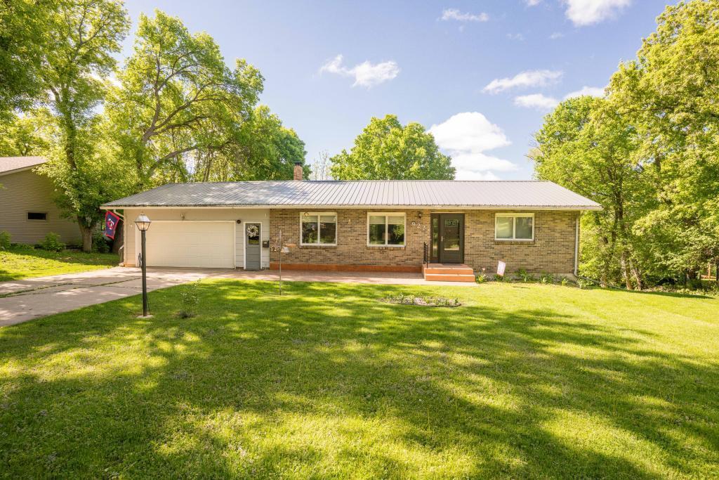 922 Highland Property Photo - Fergus Falls, MN real estate listing