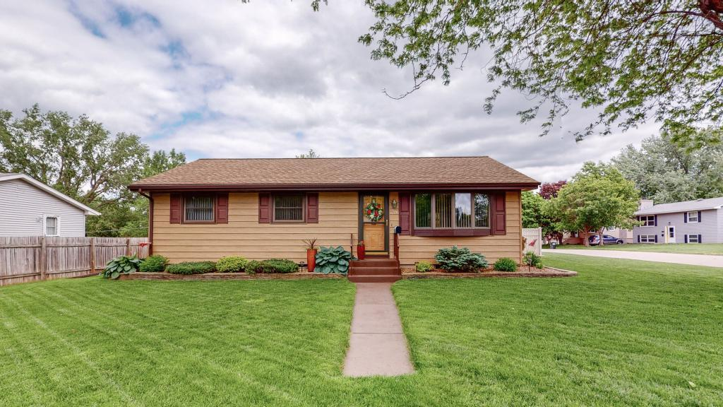 3806 16th NW Property Photo - Rochester, MN real estate listing