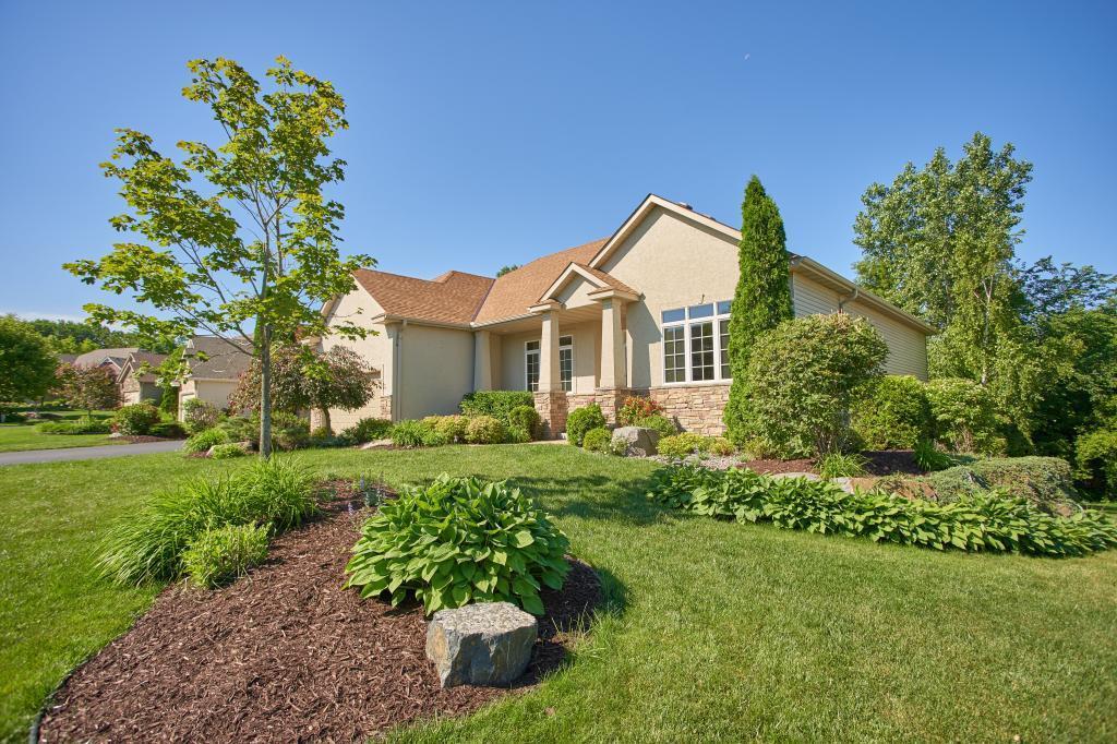 9018 Whispering Oaks Property Photo - Shakopee, MN real estate listing