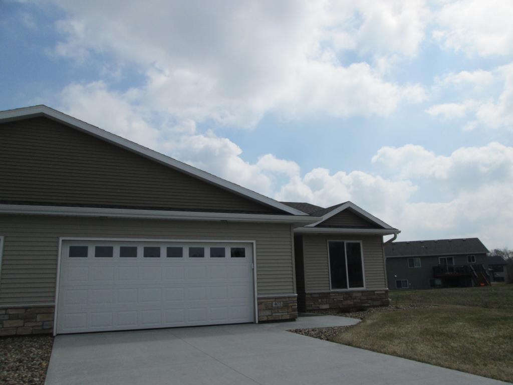 407 Fawn Run Property Photo - Kenyon, MN real estate listing