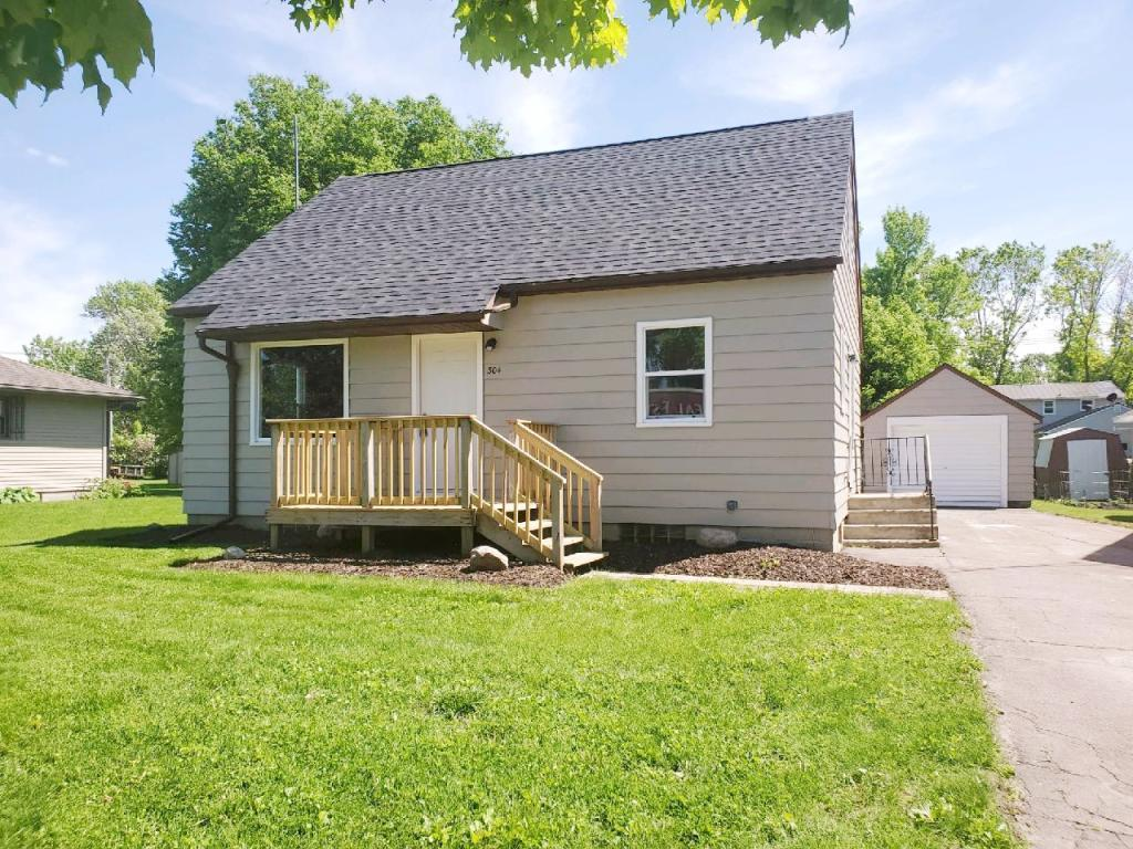 304 Dayton Property Photo - Arlington, MN real estate listing