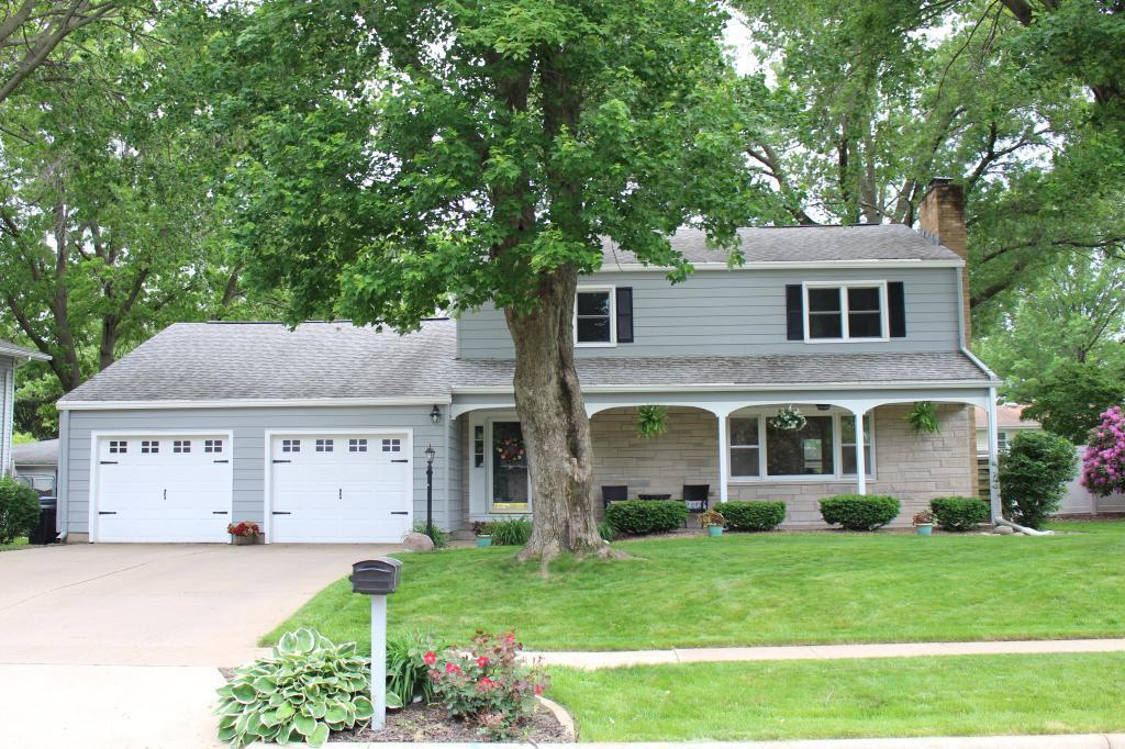 2905 Garden Property Photo - Burlington, IA real estate listing