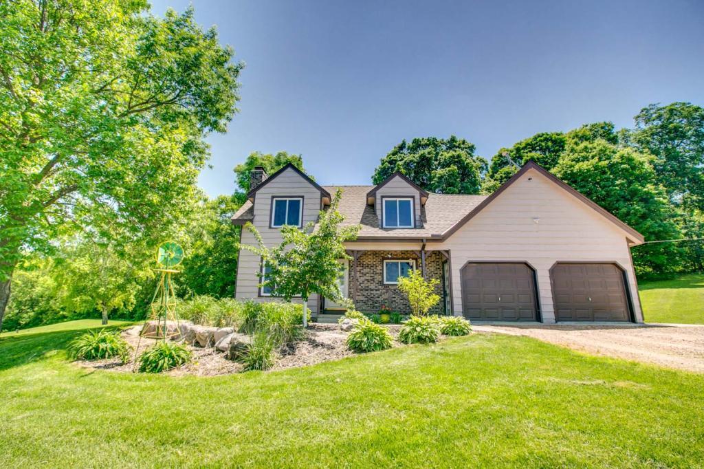 11660 Deegan SE Property Photo - Watertown, MN real estate listing