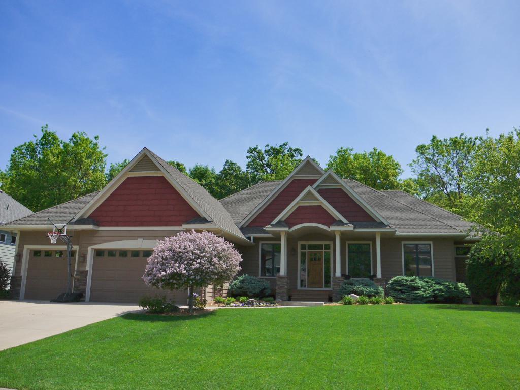 2363 Wildwood Drive Property Photo - Shakopee, MN real estate listing