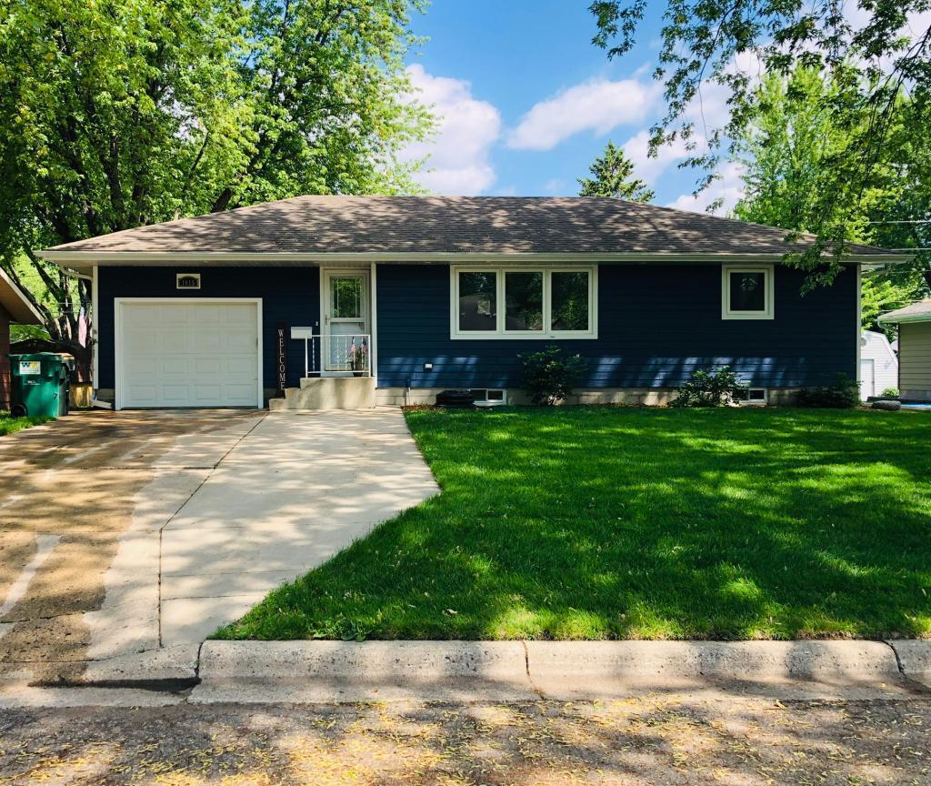 1615 11th E Property Photo - Glencoe, MN real estate listing