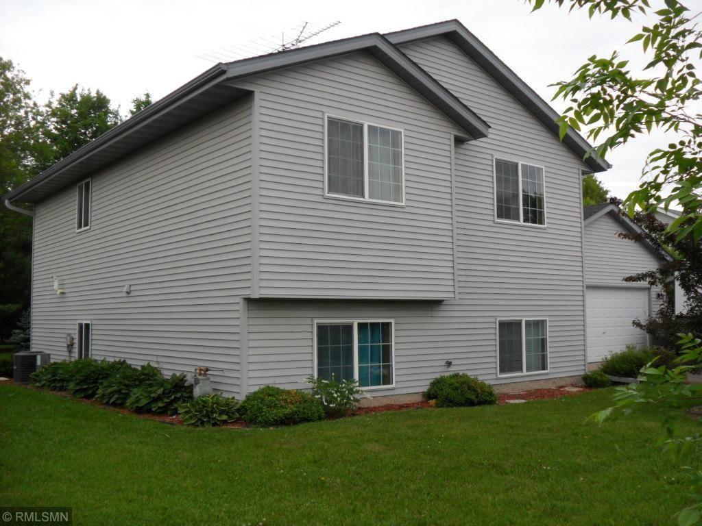 985 8th Property Photo - Rush City, MN real estate listing
