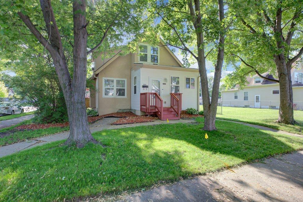 2824 Oliver N Property Photo - Minneapolis, MN real estate listing