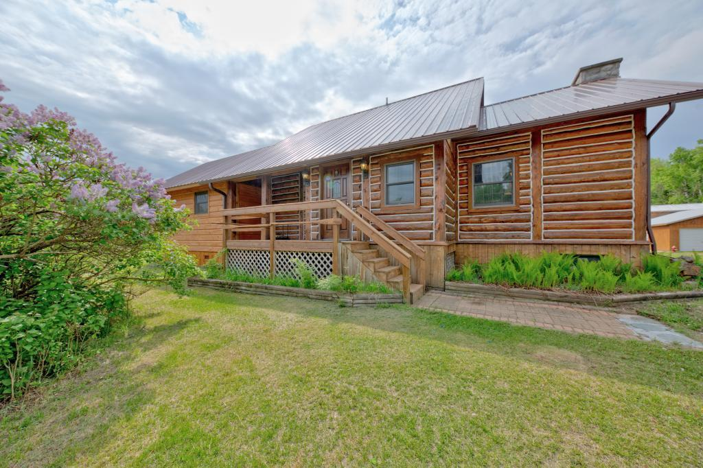 31331 Henselin Property Photo - Grand Rapids, MN real estate listing